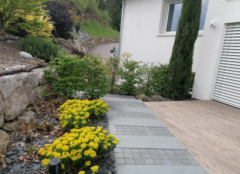 Aménagement d'un petit jardin à Poisy (durée du chantier 1 mois)